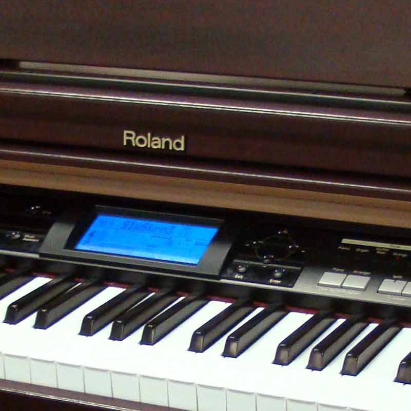 used roland kr 103 digital piano miller piano specialists nashville 39 s home of yamaha pianos. Black Bedroom Furniture Sets. Home Design Ideas