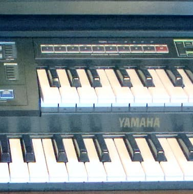 yamaha mr700 organ