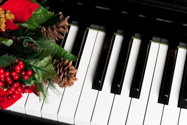 holiday piano pic