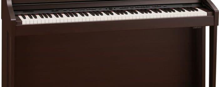 "Sylvia Miller Presents the Roland HPI 50E – ""Smart Piano"""
