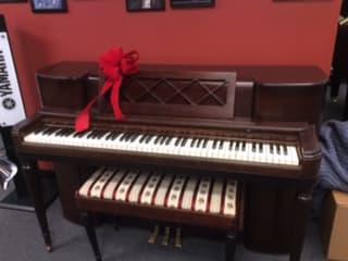 40's Vintage Wurlitzer Piano