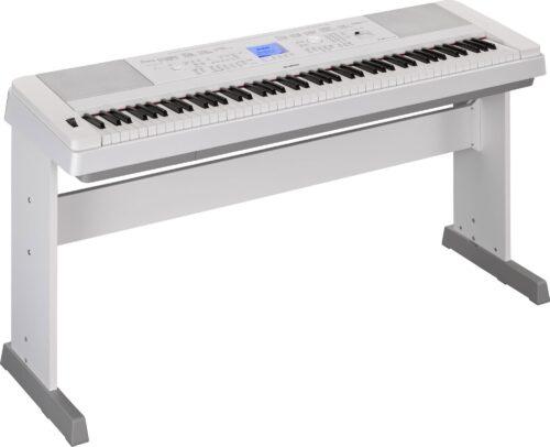 Yamaha DGX660 Piano
