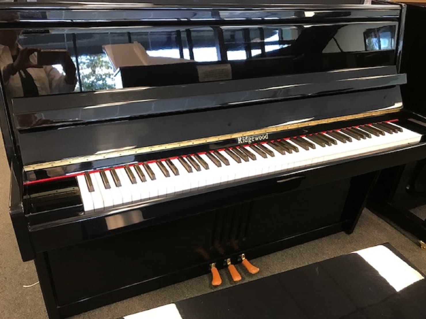 Ridgewood Console Piano