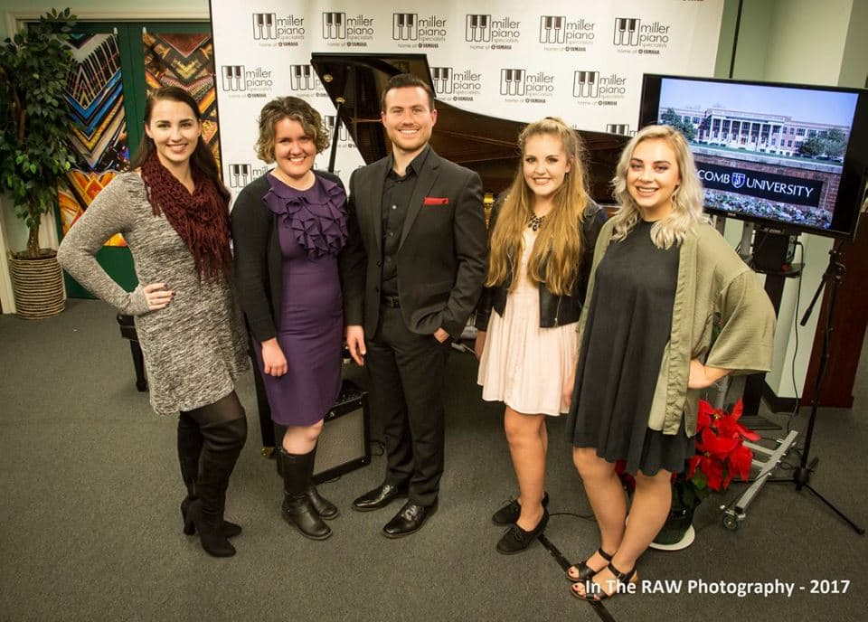 Lipscomb University students visited Miller Piano and had some sessions with Mark Thress