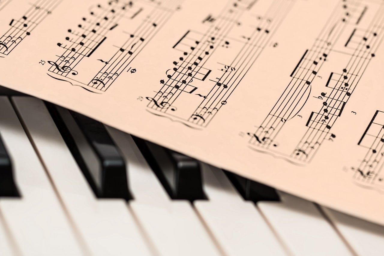 Piano Notes with Letters: Is it beneficial to learning the Instrument?